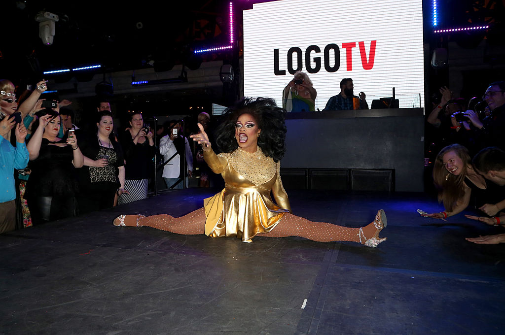 Kennedy Davenport performing in 2015