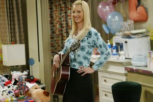'Friends' Cast Had a Sweet Ritual to Honor Lisa Kudrow's Pregnancy