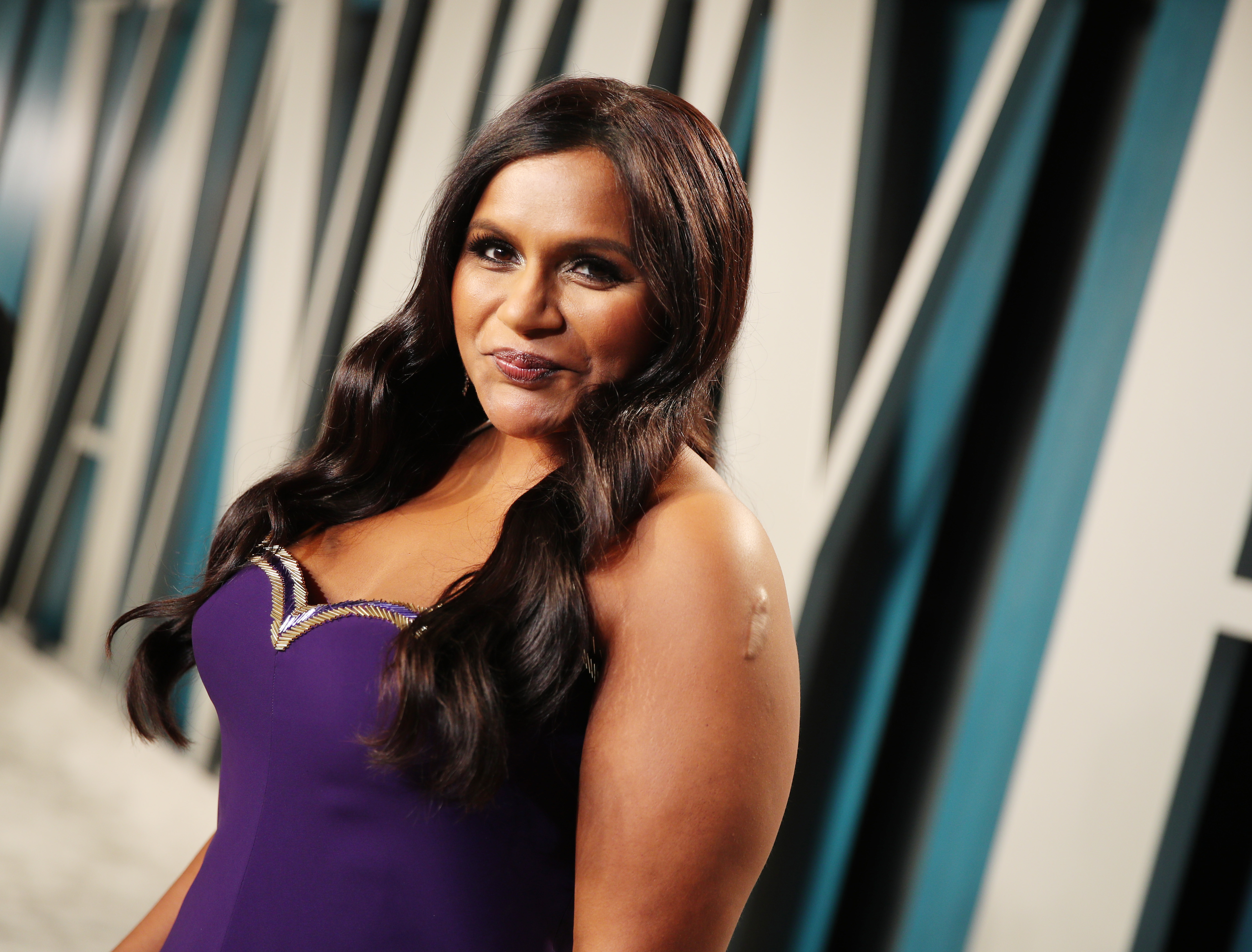 Inside The Office Star Mindy Kaling S Relationship With Estranged Brother