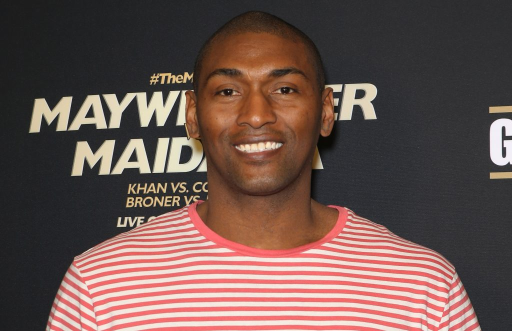 Ron Artest at a boxing match