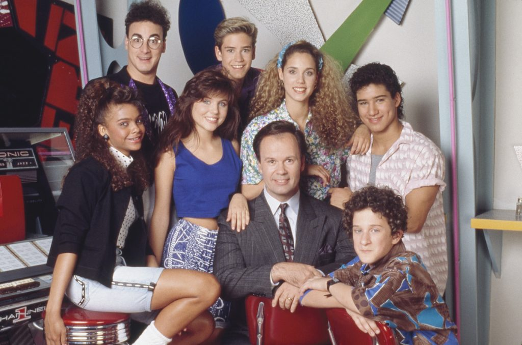 Saved By The Bell Mario Lopez Credits His Iconic Look As Slater