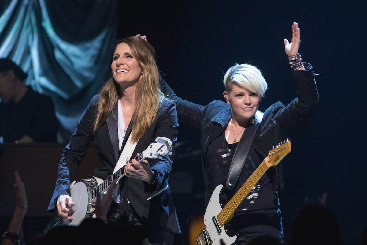 Emily Robison and Natalie Maines of the Dixie Chicks perform in concert