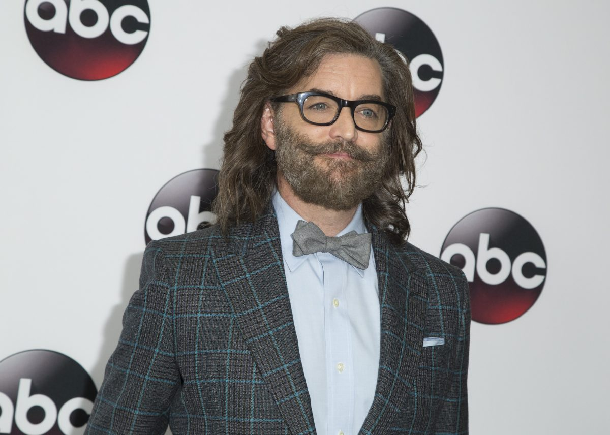 Timothy Omundson poses for cameras at the 2016 Winter TCA Tour