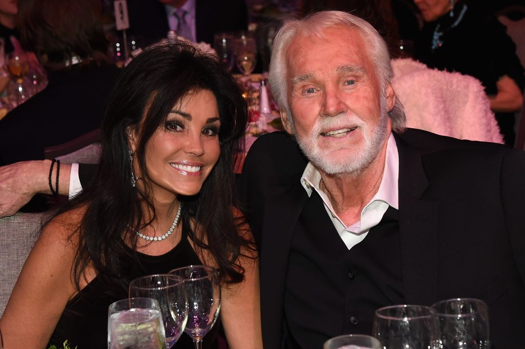 Wanda Miller and Kenny Rogers at the T.J. Martell Foundation 8th Annual Nashville Honors Gala in 2016 | Rick Diamond/Getty Images for T.J. Martell