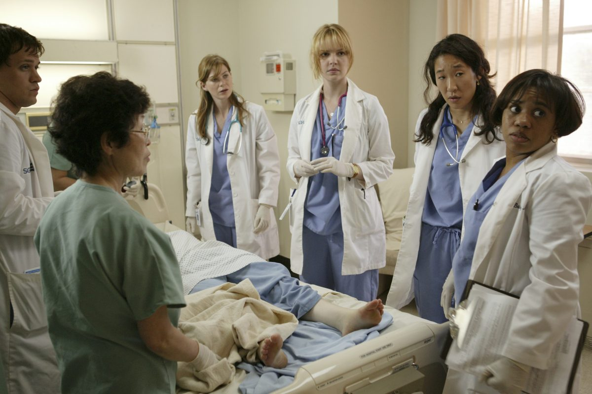 Ellen Pompeo as Meredith Grey, Katherine Heigl as Izzie Stevens, Sandra Oh as Cristina Yang, and Chandra Wilson as Miranda Bailey in the 'Grey's Anatomy' pilot