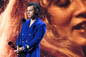 Some Harry Styles Fans Want the Singer to Play Heath Ledger's Character in a Remake of This Beloved Rom-Com Classic
