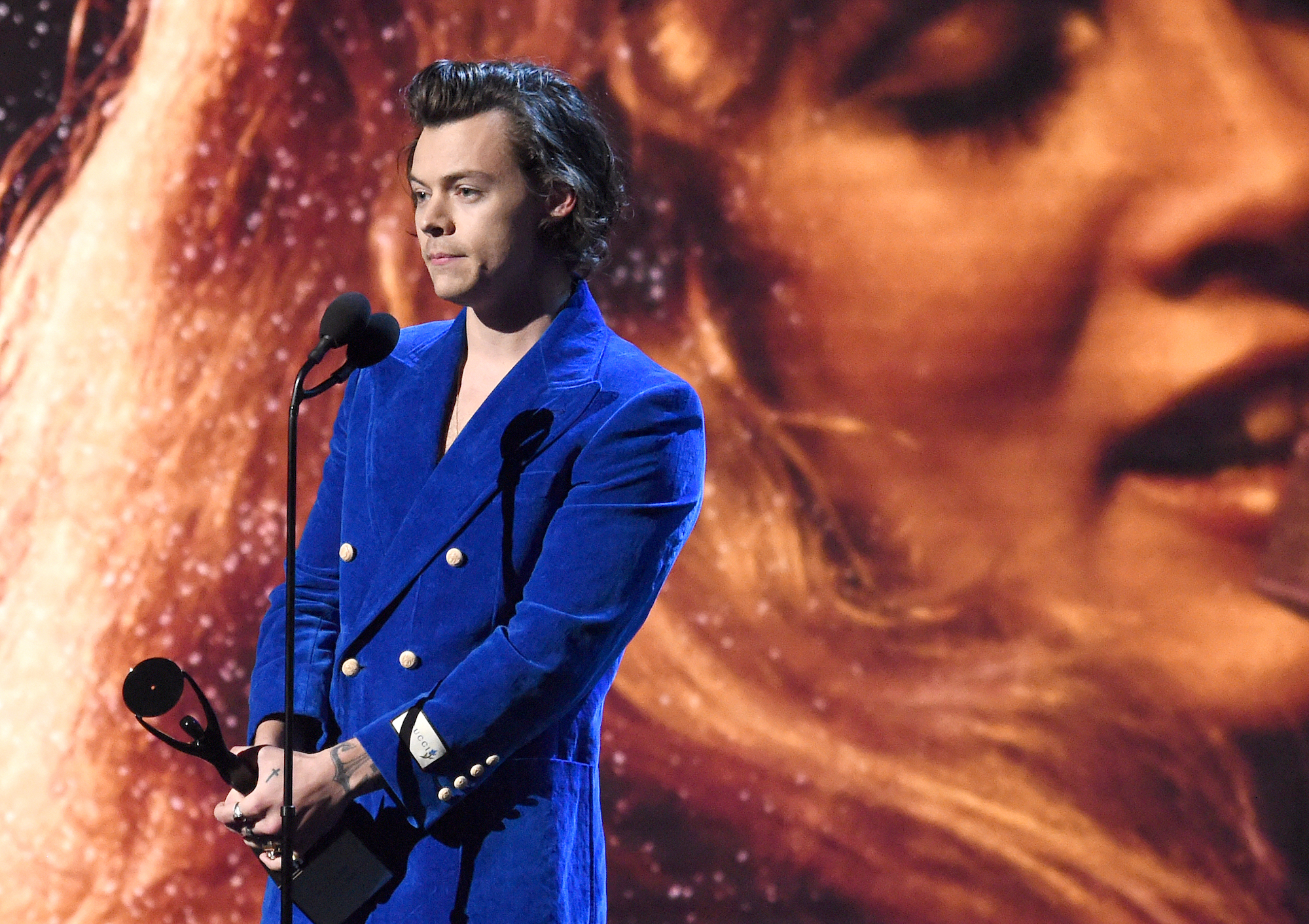 Harry Styles speaks onstage at the 2019 Rock & Roll Hall Of Fame Induction Ceremony on March 29, 2019 in New York City.