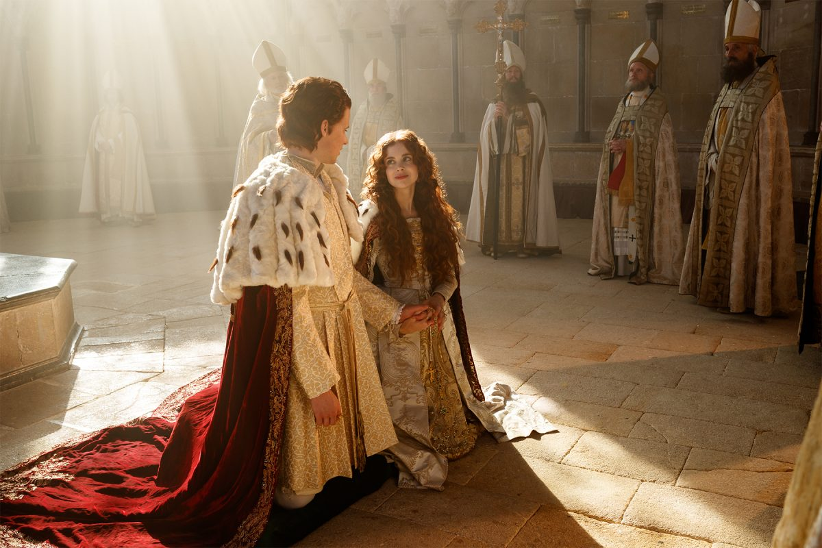 Henry and Catherine kneeling