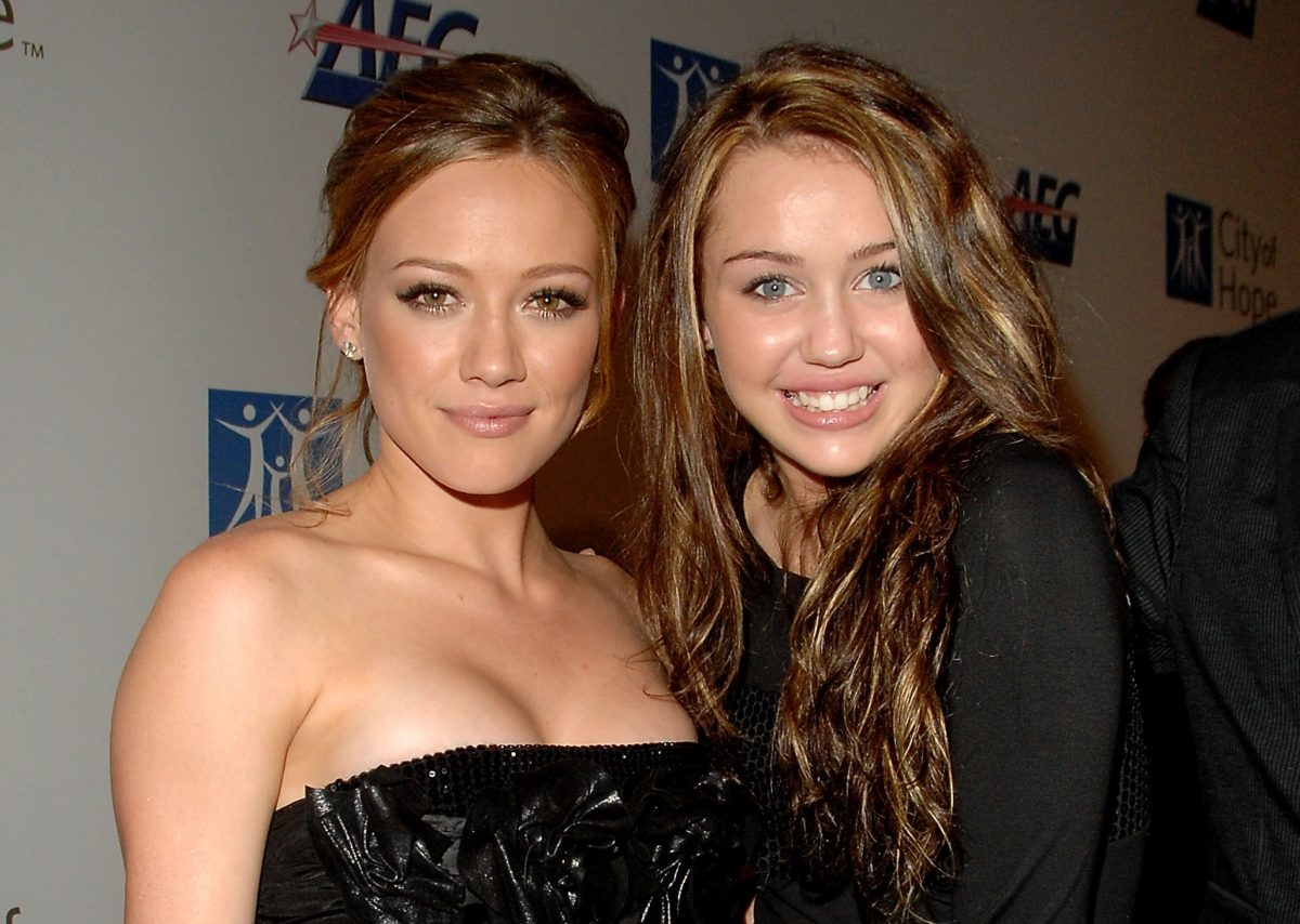 Hilary Duff and Miley Cyrus arrive at the '2007 Spirit Of Life Awards' on September 27, 2007 in West Hollywood, California.