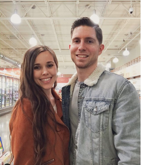 Jessa and Ben at the grocery story