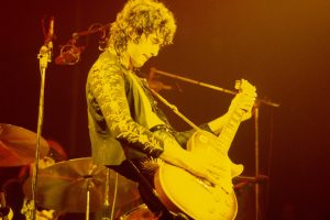 Jimmy Page Subtly Quoted the Beatles' 'Something' on Led Zeppelin's 'Rain Song'