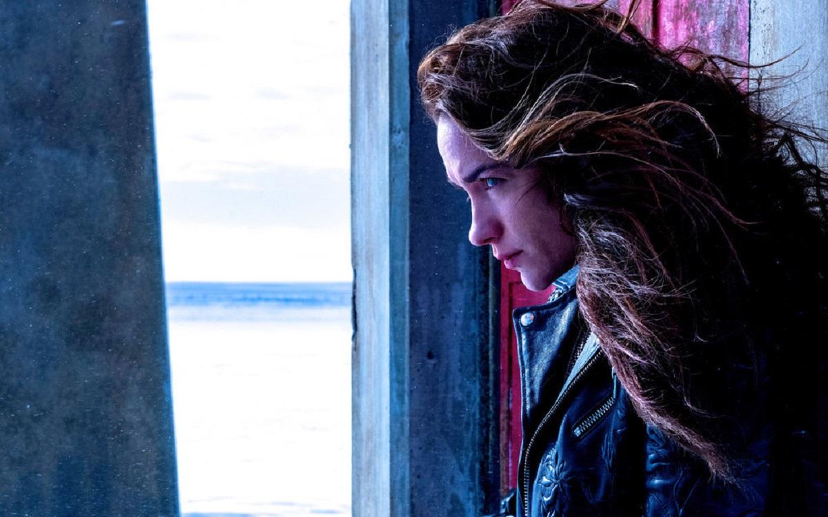 Melanie Scrofano in 'Wynonna Earp' Season 4
