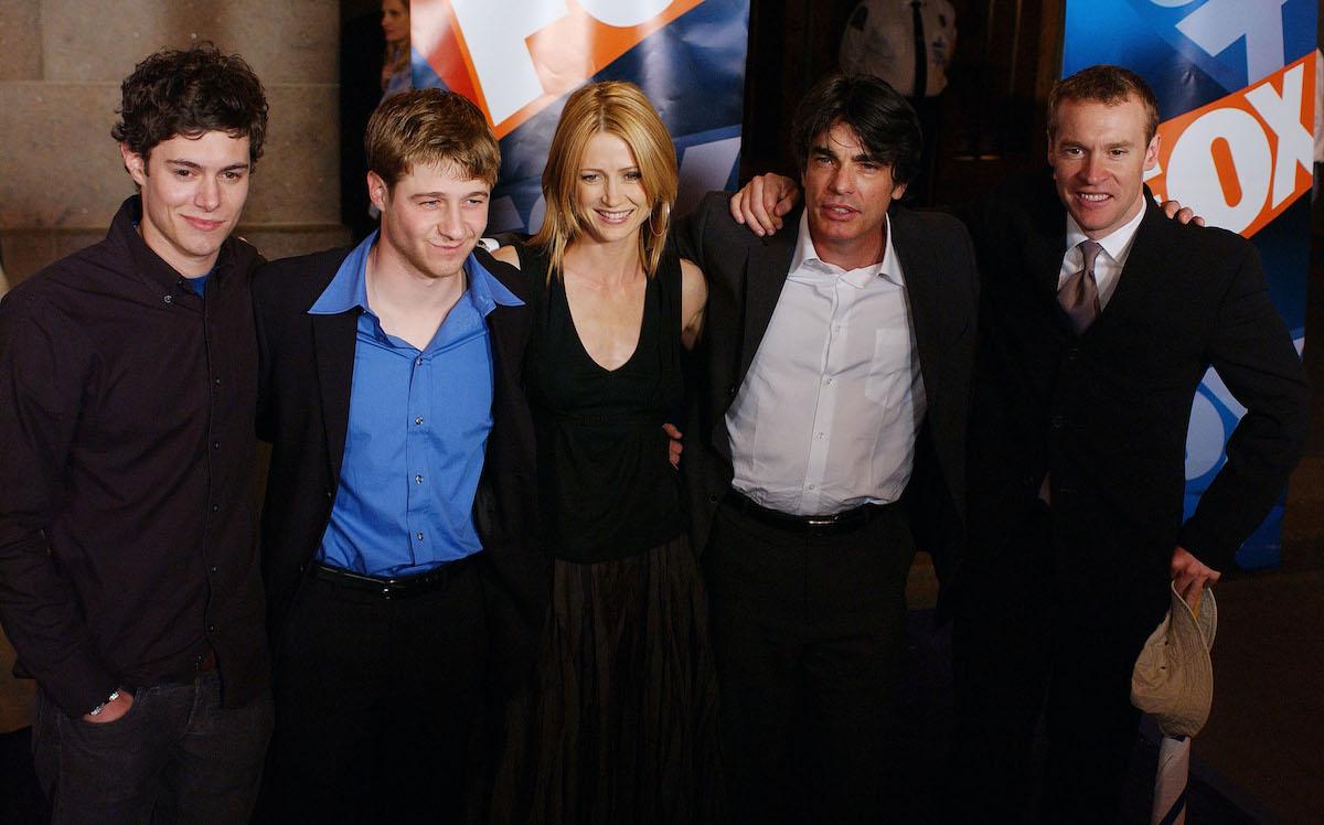 Adam Brody, Ben McKenzie, Kelly Rowan, Peter Gallagher, and Tate Donovan