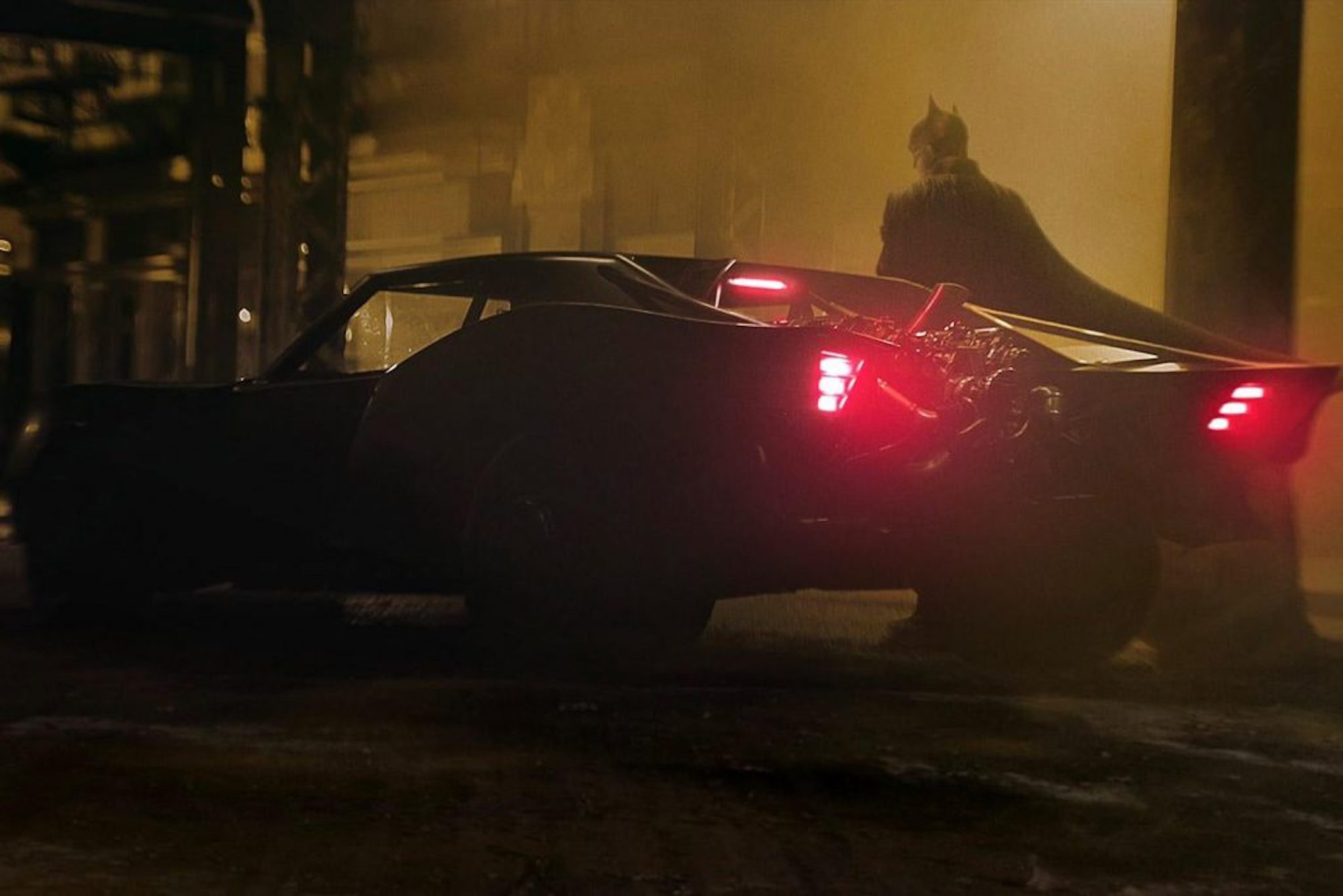 Matt Reeves debuts 'The Batman' trailer at DC FanDome