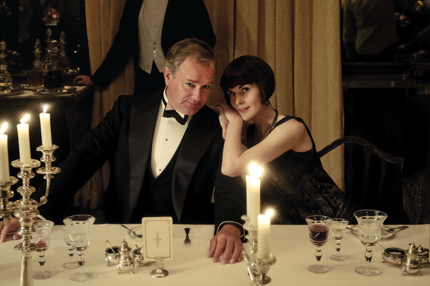 Hugh Bonneville and Michelle Dockery on the set of the Downton Abbey movie