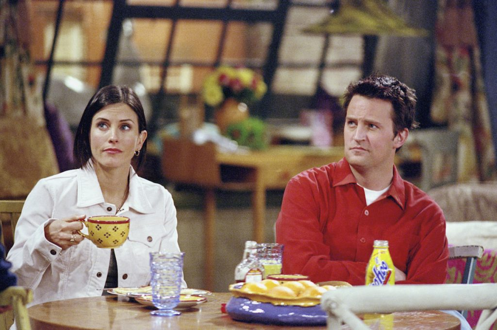Courteney Cox as Monica Geller and Matthew Perry as Chandler Bing on NBC's 'Friends.'