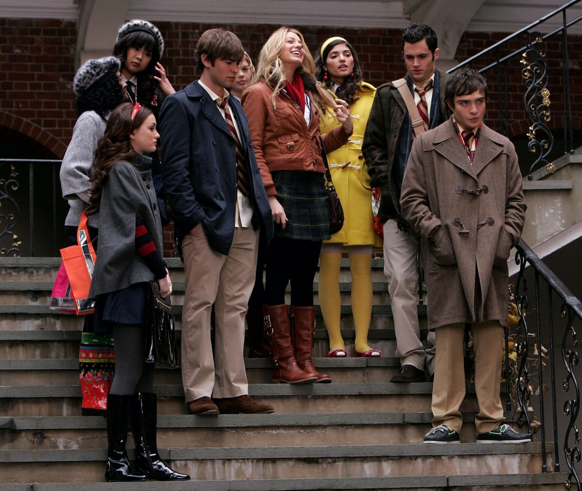 'Gossip Girl' cast filming a scene from the show