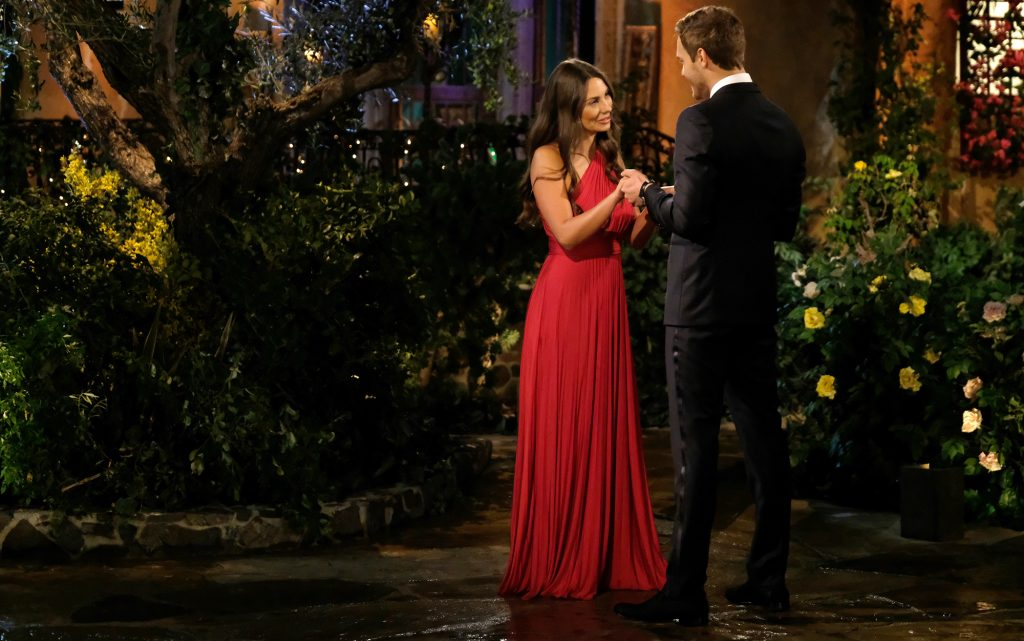 Kelley Flanagan and Peter Weber meeting on night one of 'The Bachelor' 2020