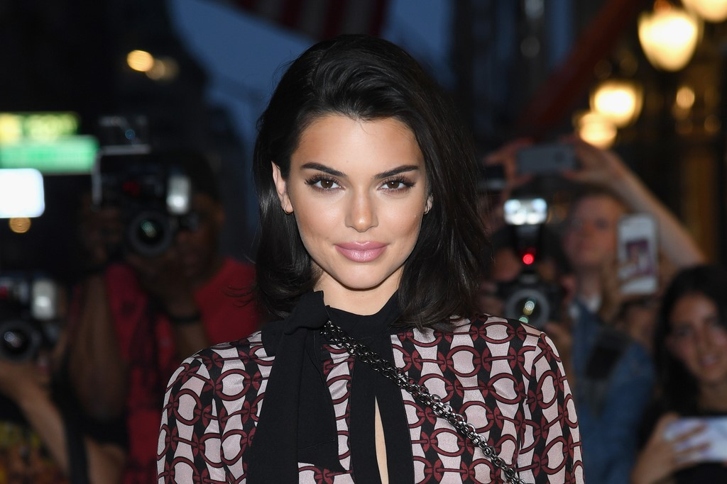 Kendall Jenner Keeps Getting Accused of Not Being Nice to Service Workers - Showbiz Cheat Sheet