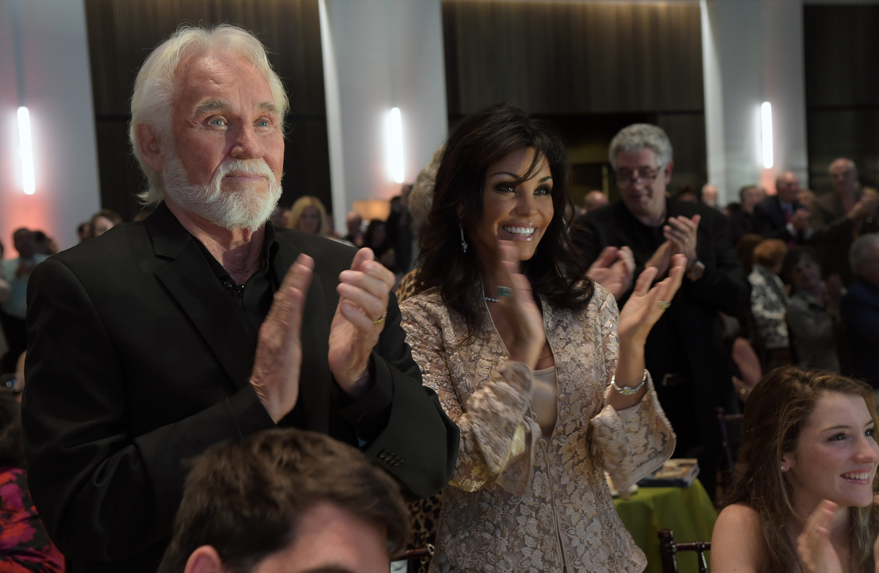 The Day Kenny Rogers Wife Wanda Miller Grounded Him