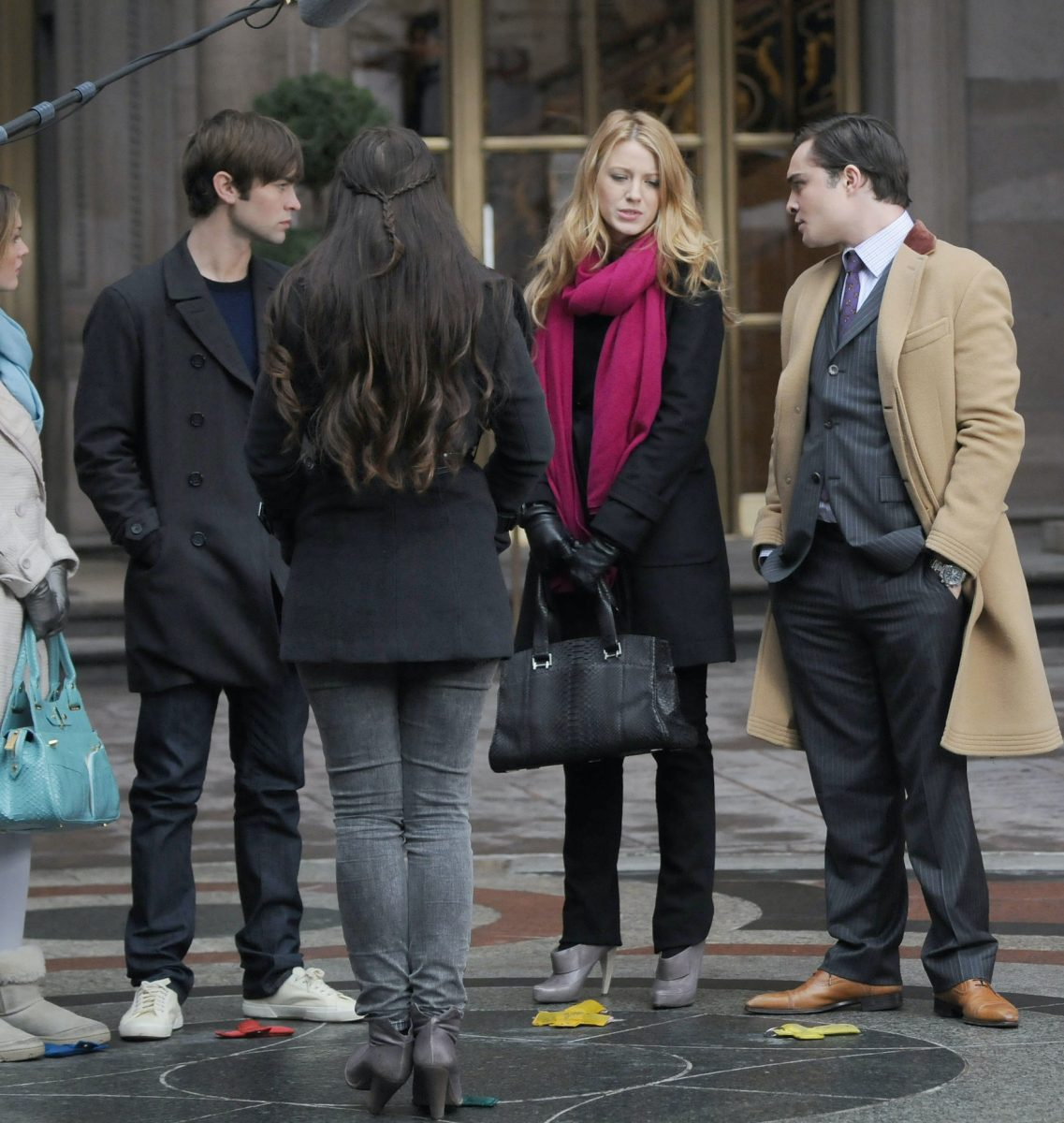 Leighton meester, Chace Crawford, Blake Lively, and Ed Westwick filming a scene from 'Gossip Girl' outside the Palace Hotel
