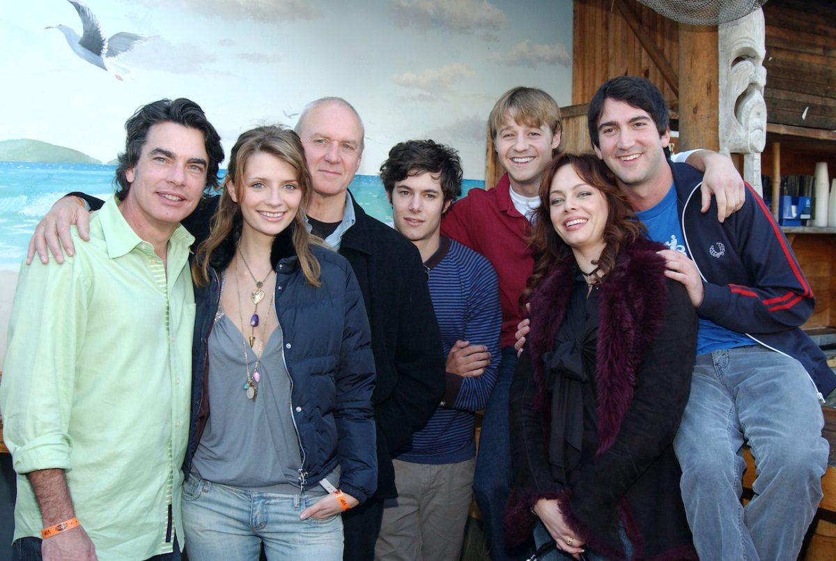Members of 'The O.C.' cast with Josh Schwartz