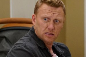 'Grey's Anatomy' Season 17: Kevin McKidd Teases Owen Hunt's Storyline and It Sounds Messy