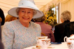 Queen Elizabeth Insists on Having Corners Cut Off Her Sandwiches for the Strangest Reason
