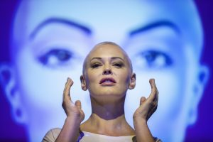 Rose McGowan Defends Her 1998 MTV VMA Appearance