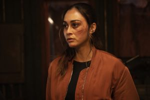 'The 100' Star Lindsey Morgan Says This Is What Made Raven Stop Judging Clarke So Harshly