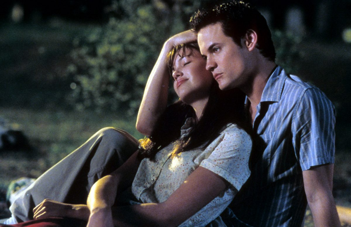 Mandy Moore and Shane West in A Walk to Remember