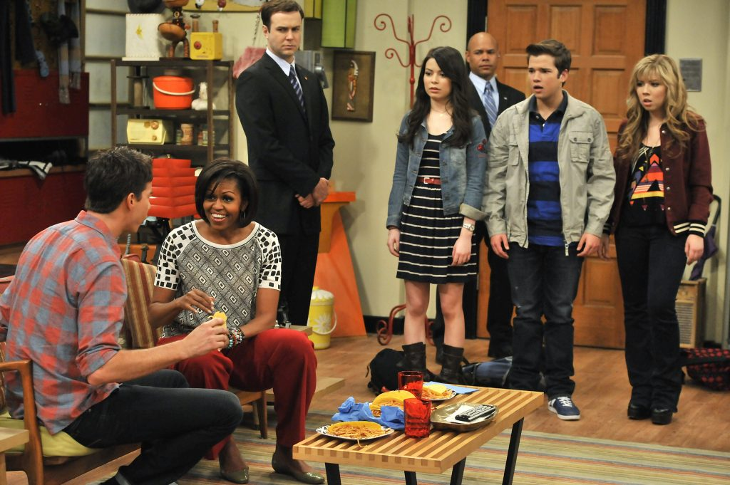 icarly cast in character as Sam, Carly, Freddie, and Spencer and Michelle Obama