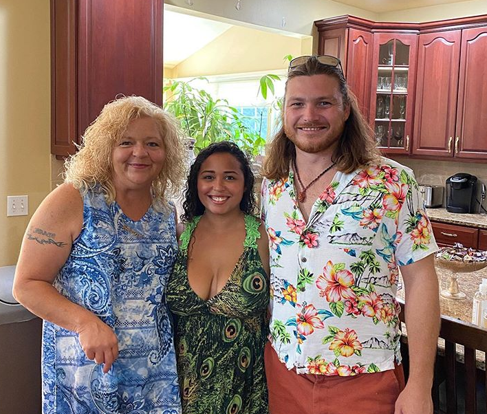 Babygirl Lisa Hamme, Tania Maduro, and Syngin Colchester of 90 Day Fiancé