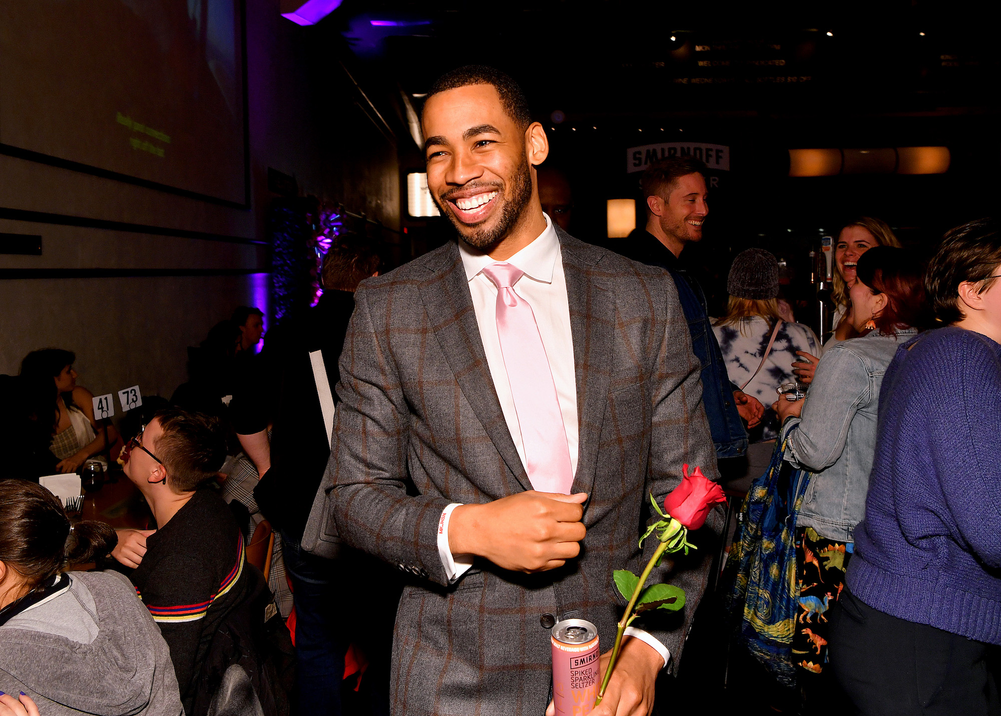 Mike Johnson joins Bachelor fans to watch Episode 2 while sipping on his favorite Smirnoff Seltzer White Peach Rosé on Jan. 13, 2020