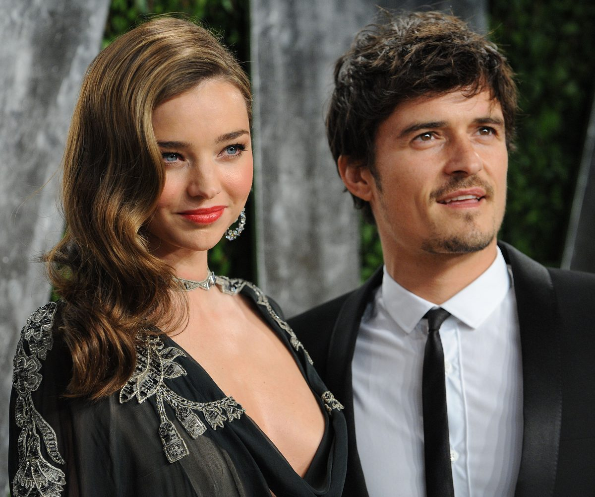 Miranda Kerr and Orlando Bloom attend the 2013 Vanity Fair Oscar party on February 24, 2013