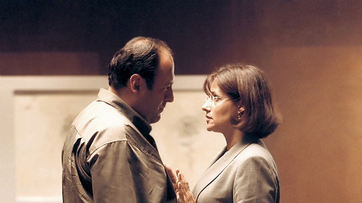 James Gandolfini and Lorraine Bracco on the 'Sopranos' set