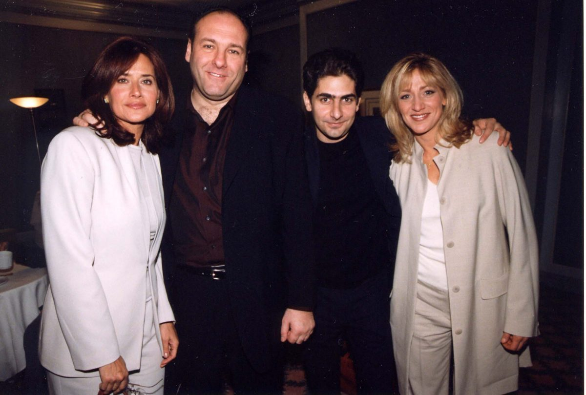 'The Sopranos' lead actors posing together