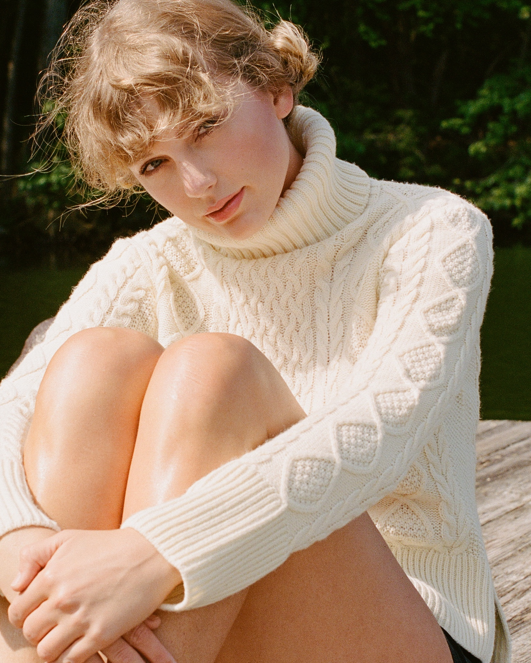 Taylor Swift Folklore promo image