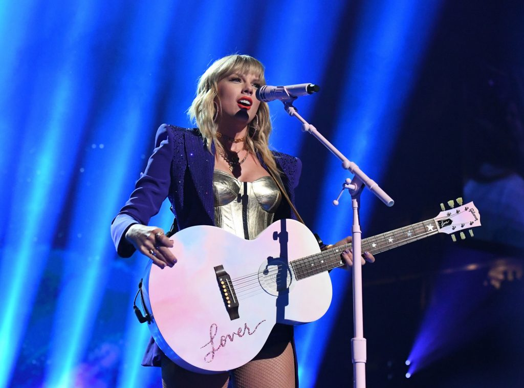 Taylor Swift performs onstage during the 2019 MTV Video Music Awards on August 26, 2019