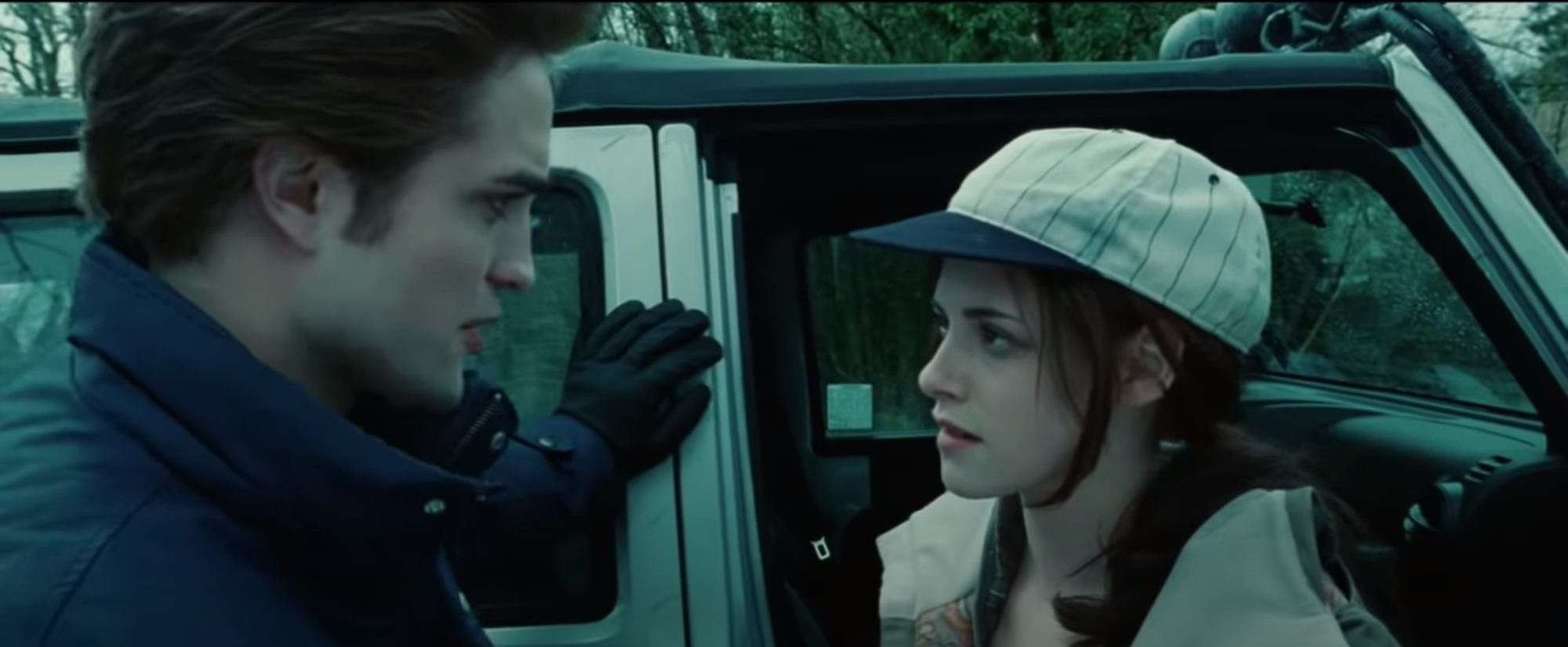 Edward Cullen (Robert Pattinson) and Bella Swan (Kristen Stewart) right before the Cullens have their baseball game in 'Twilight.'