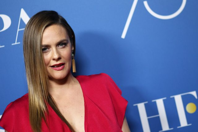 Alicia Silverstone Was Nervous To Dance in 'Beauty Shop'