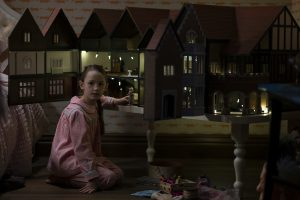 'The Haunting of Bly Manor': Does Flora's Dollhouse Connect Back To 'The Haunting of Hill House?'