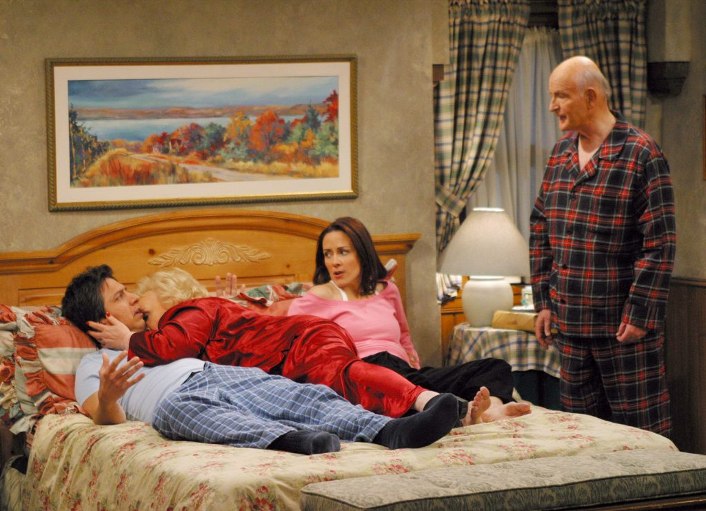 Ray Romano, Doris Roberts, Patricia Heaton, and Peter Boyle of 'Everybody Loves Raymond'