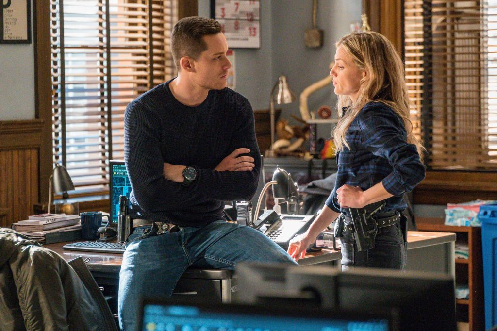 (L-R) Jesse Lee Soffer as Jay Halstead, Tracy Spiridakos as Hailey Upton on 'Chicago P.D.'