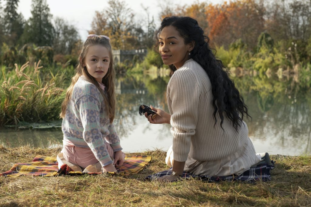 AMELIE SMITH as FLORA and TAHIRAH SHARIF as REBECCA JESSEL