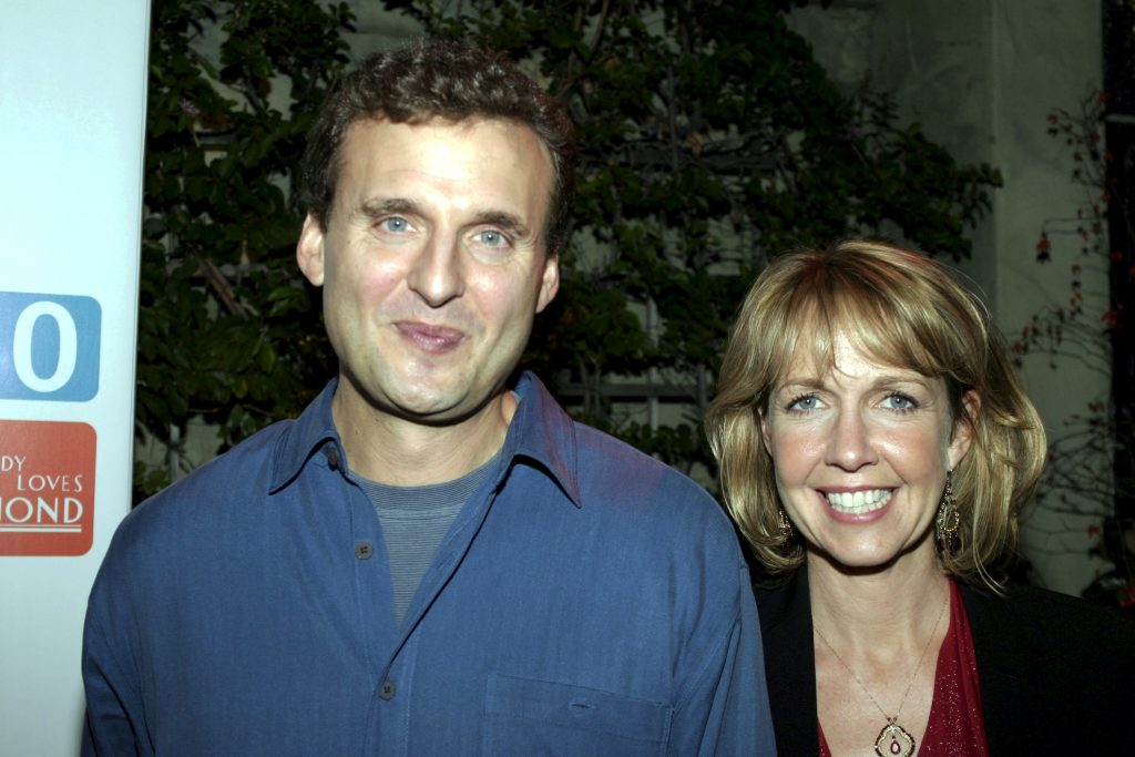 Monica Horan, left, and husband/'Everybody Loves Raymond' creator and executive producer Phil Rosenthal