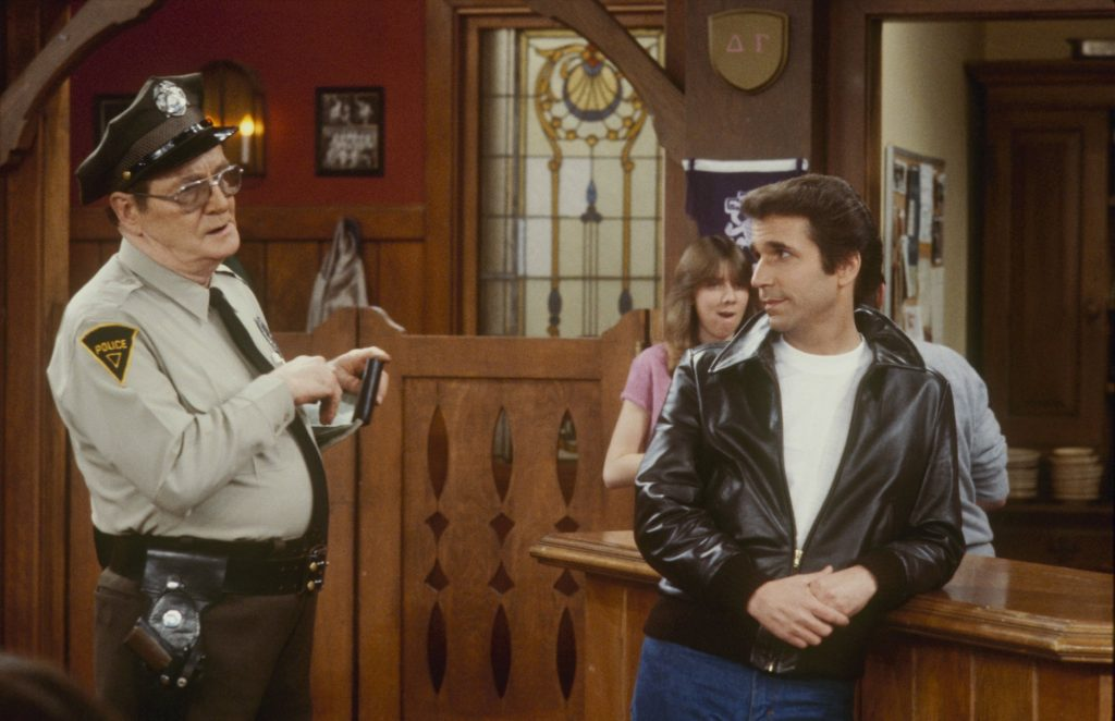 (L-R) Ed Peck and Henry Winkler on set of 'Happy Days'