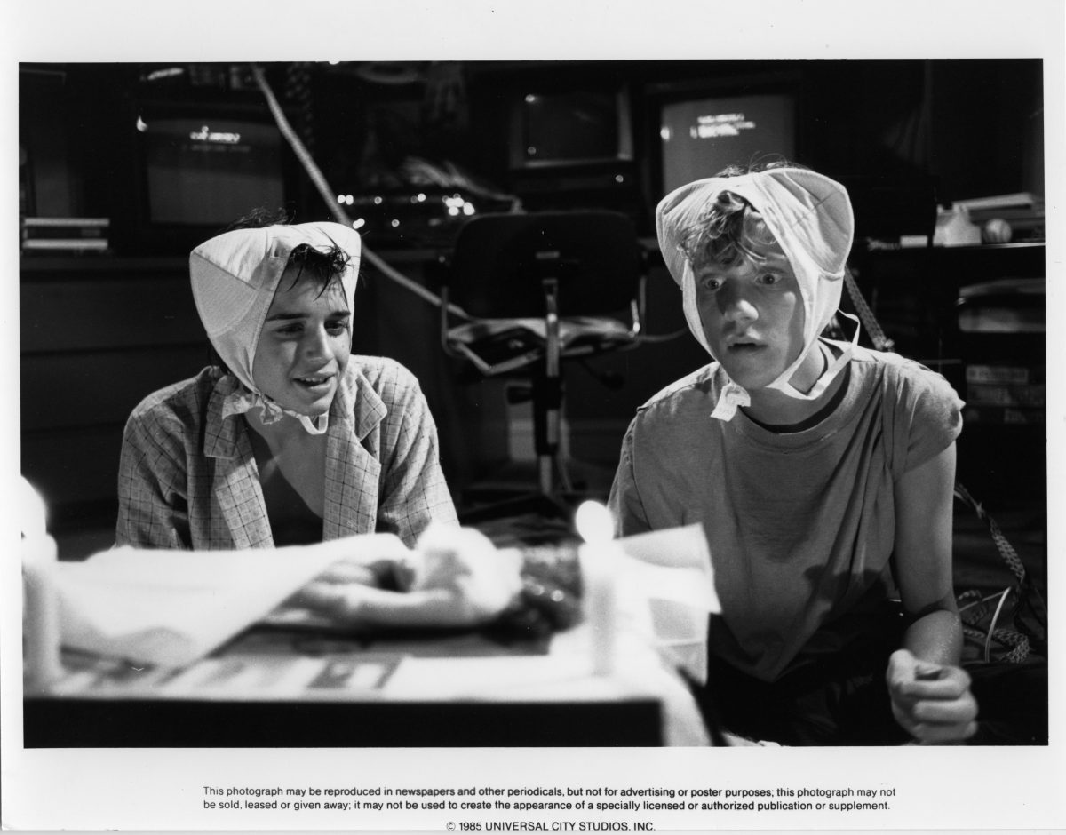 Ilan Mitchell-Smith and Anthony Michael Hall in 'Weird Science'