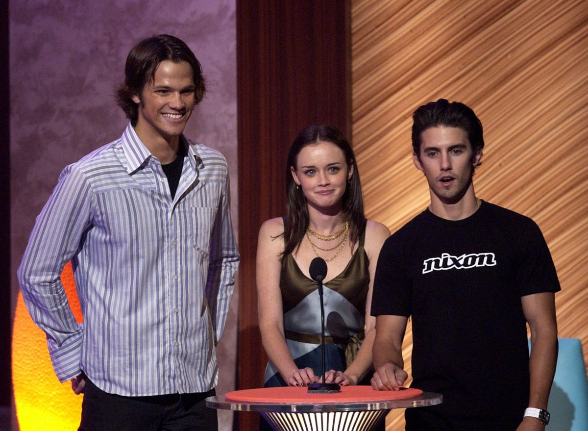 Jared Padalecki, Alexis Bledel, and Milo Ventimiglia at the 2003 Teen Choice Awards presenting an award