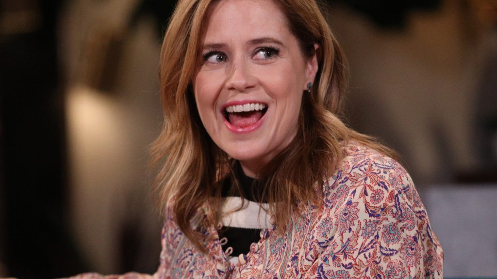 Guest Jenna Fischer on the set of Busy Tonight